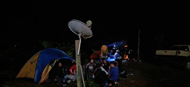 Sensasi Camping di Objek Wisata Berkabut