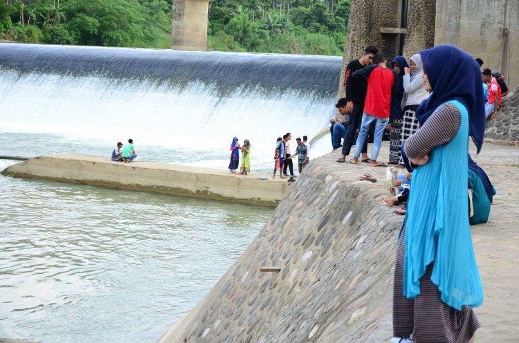Menikmati Indahnya Bendungan Dam Langkahan di Aceh Utara