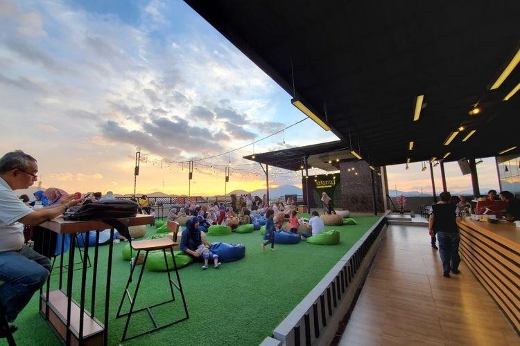 Rooftop Lounge di Banda Aceh