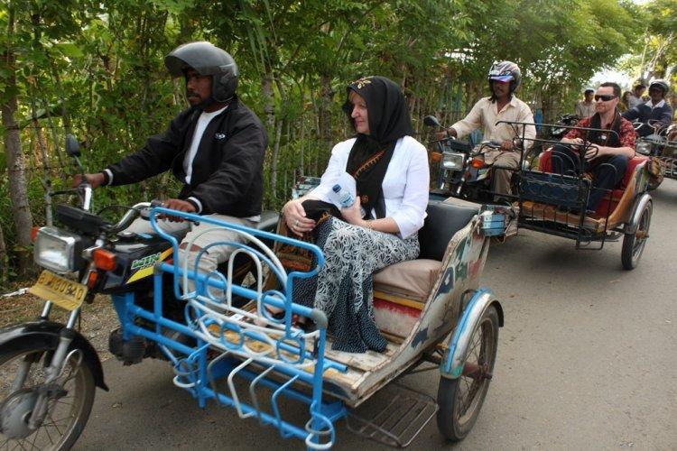 Naik Labi-labi hingga becak di Banda Aceh