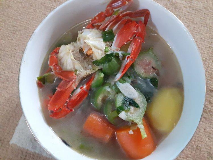 Makan Sop Kepiting Buah Tin Muda di Banda Aceh