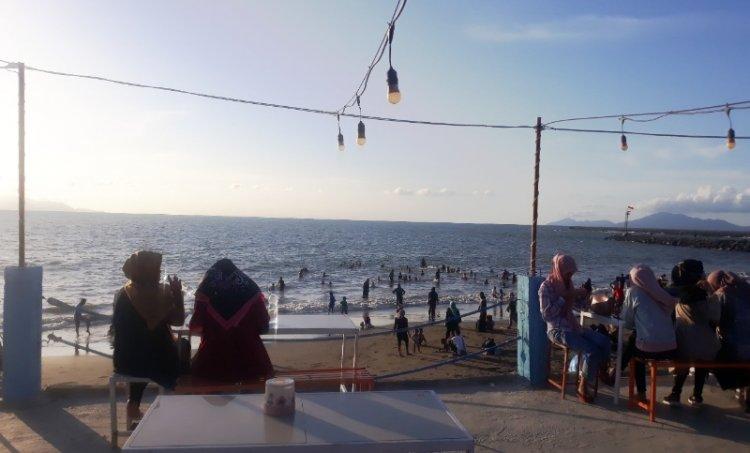 Nikmati Pantai Kampung Jawa Banda Aceh