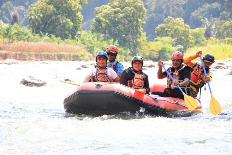 Wisata Arung Jeram di Pidie Jaya