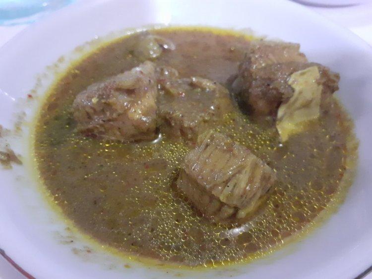 Gulai Bebek Hot & Kari Ikan Pari Gapugi